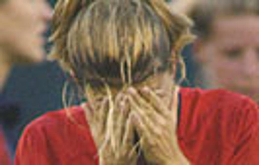 Mia Hamm var knust etter nattens 3-0-tap for Tyskland.