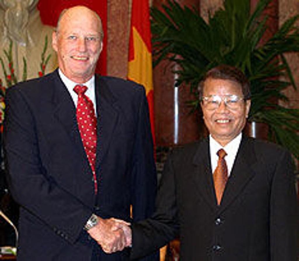 Kong Harald og Vietnams president Tran Duc Luong