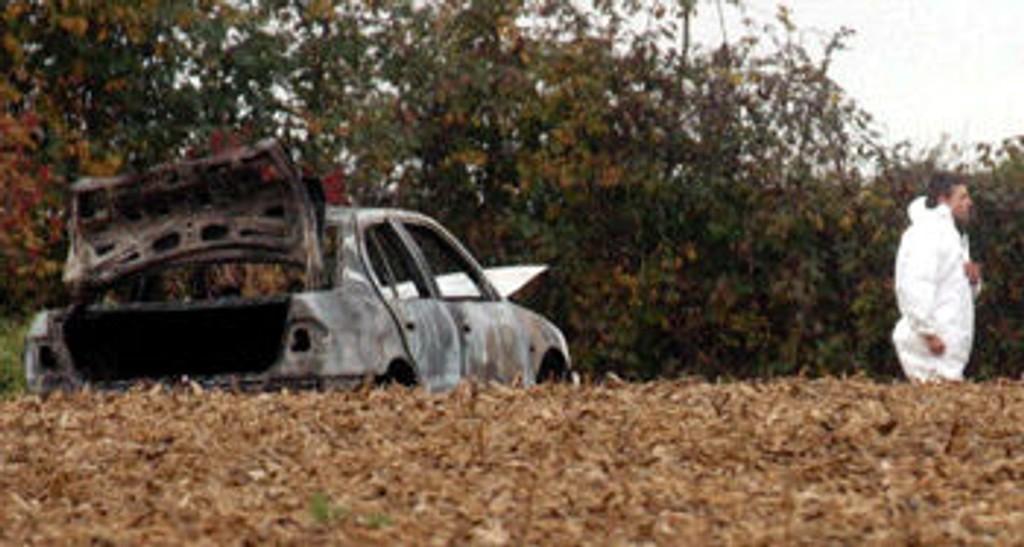 Utbrent bil med liket av far og seks barn funnet i belgia