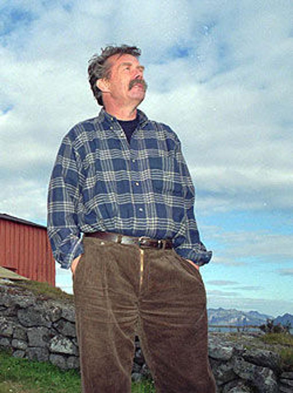 Arild Nyquist ble bisatt med hele familien og gode venner fra hele kunstner-Norge rundt seg fra Østenstad kirke onsdag.
