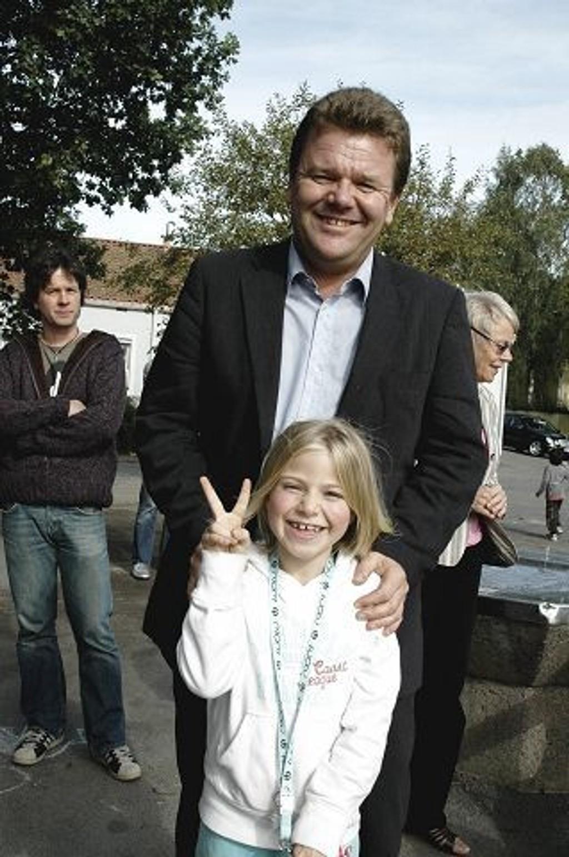 Sjefen: Jeg har hilst på sjefen for alle skolene, sa Aurora Langaas Calmeyer (bildet) fornøyd da hun møtte Øystein Djupedal på Ekeberg skole.