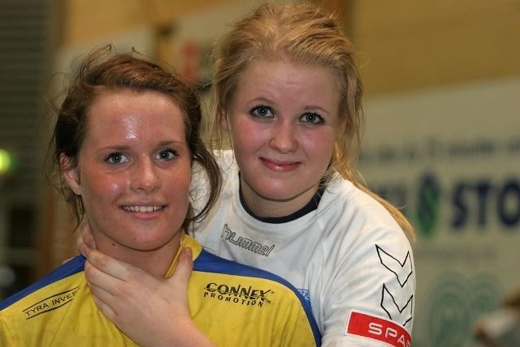 Tok tak: NIF og Christine Homme (bak) har taket på BSK og Christina Solheim Andersen foran søndagens «derby» i Bækkelagshallen.