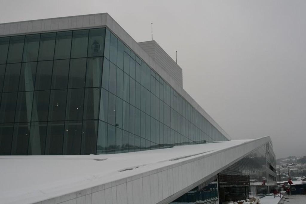 Samtlige ansatte er nå på plass i det nye operahuset i Bjørvika.