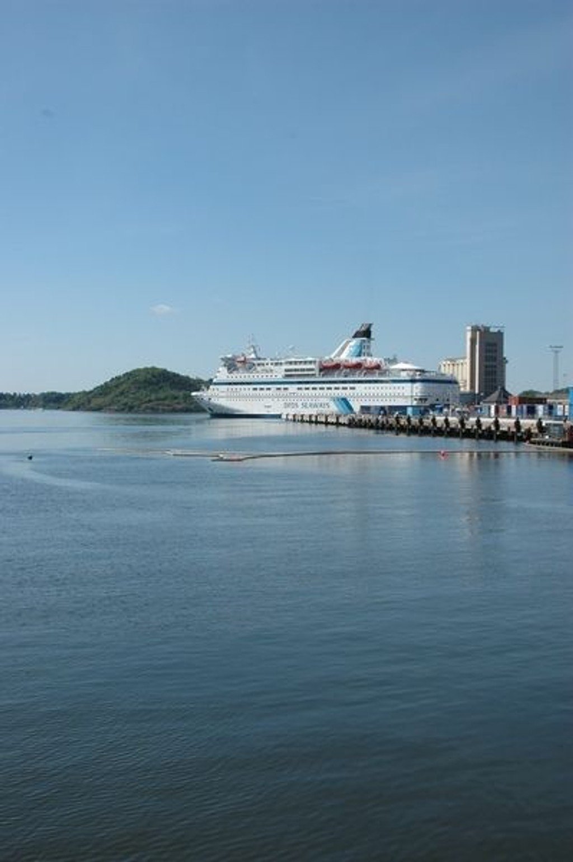 RCCL vurderer å flytte trafikken til Stockholm.