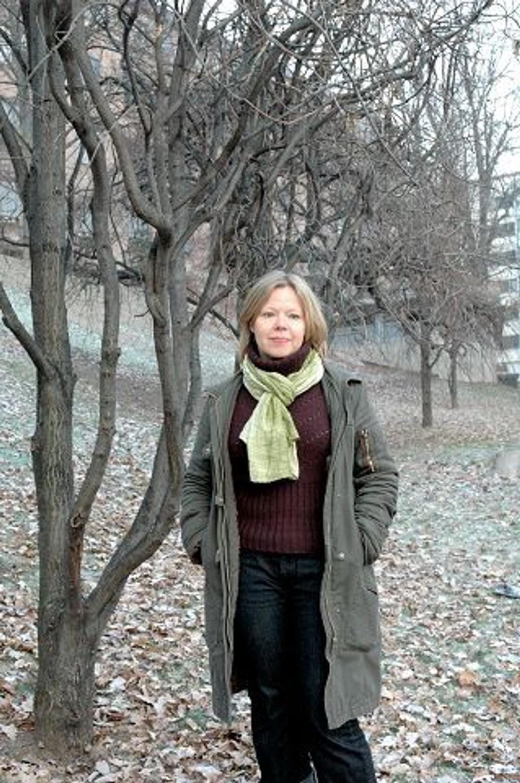 Kjersti Holden (SV) ønsker at Gamle Oslo skal bli en foregangsbydel i kampen mot vold mot barn.