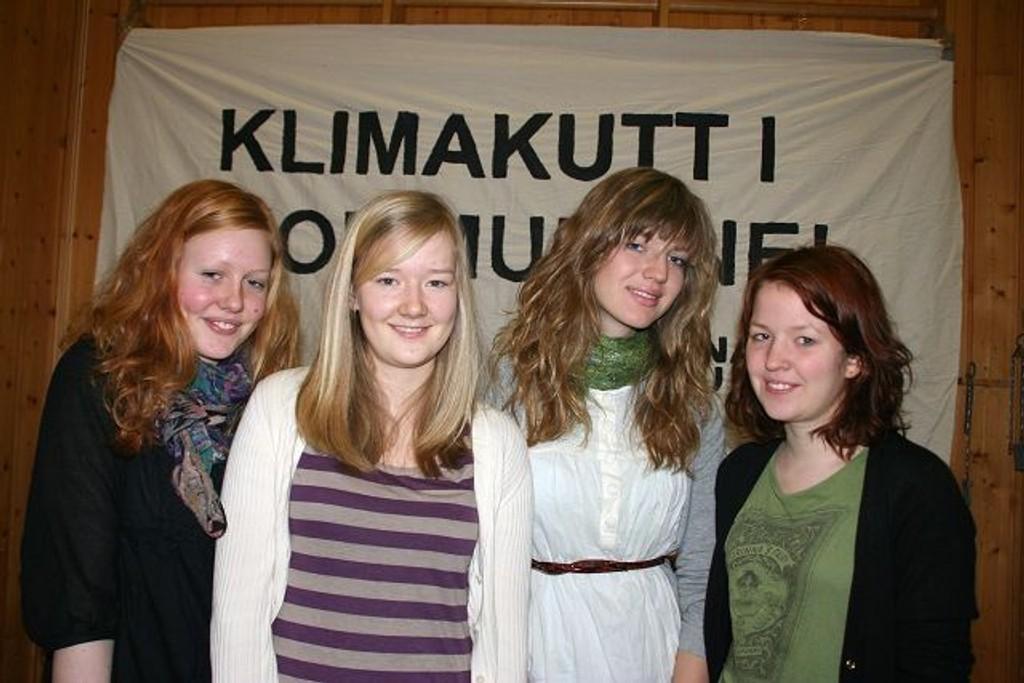Tonje Vaksvik, Eirin Meinich, Idunn Hylland og Ingrid Strand fra Kjelsås og Korsvoll representerte Nordre Aker Natur og Ungdom på Landsmøtet i fredrikstad.