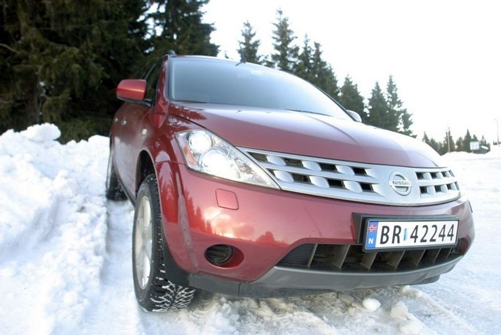 SUV: Nissan Murano.