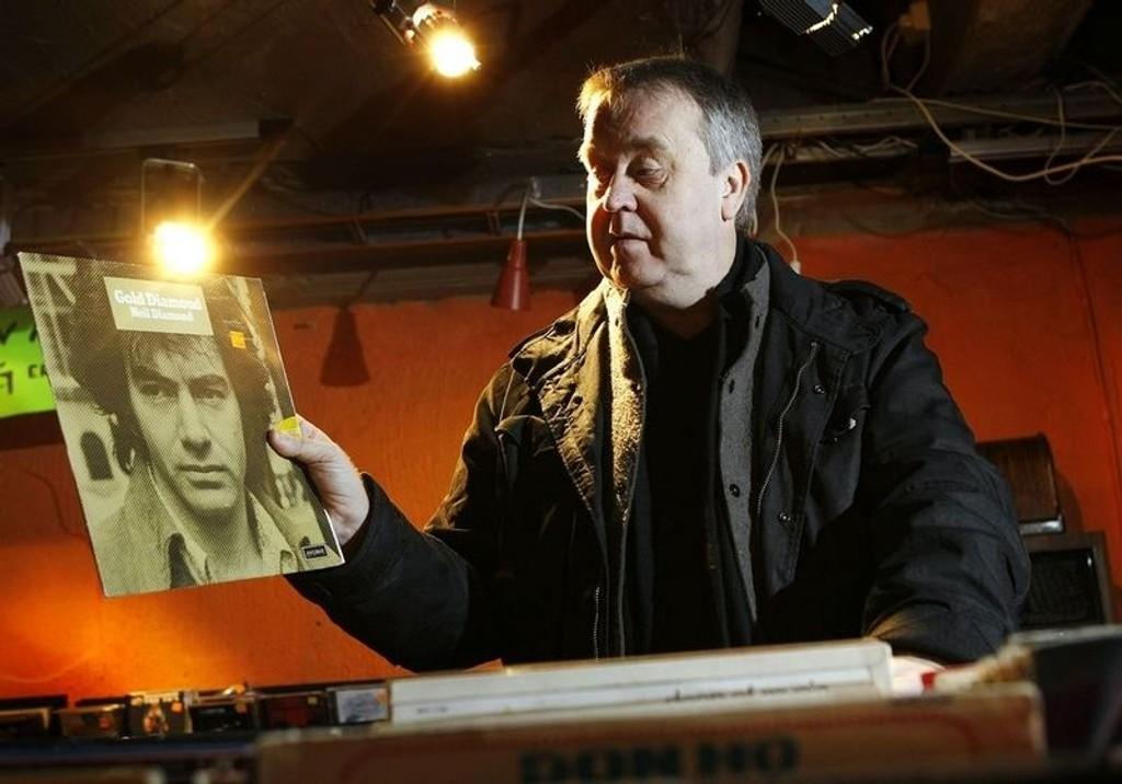 Det som er viktig for meg, er å få de vinylskivene jeg har og som ikke er tilgjengelig på CD over på mp3, sier radiomannen og fjernsynsfjeset Tor Milde.