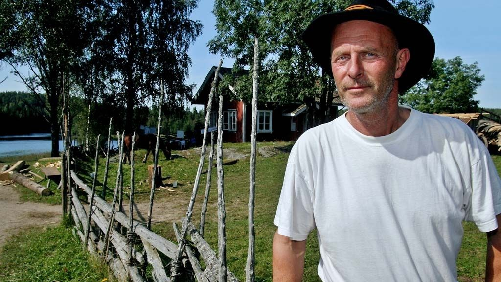 FJERNET SVULST: Farmen-Finn dro på sykehus kort tid etter tvekampen og fikk fjernet en godartet svulst i brystet.