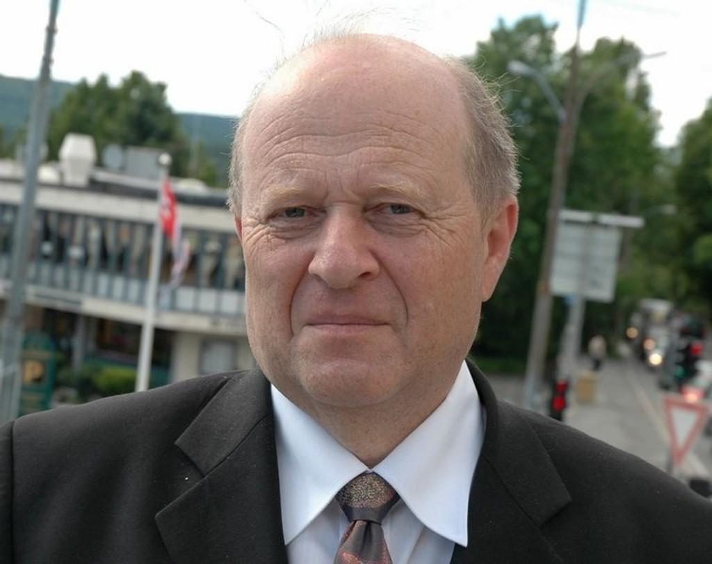 Stiller spørsmål til statsråden: Odd Einar Dørum (V). Foto: Arkiv