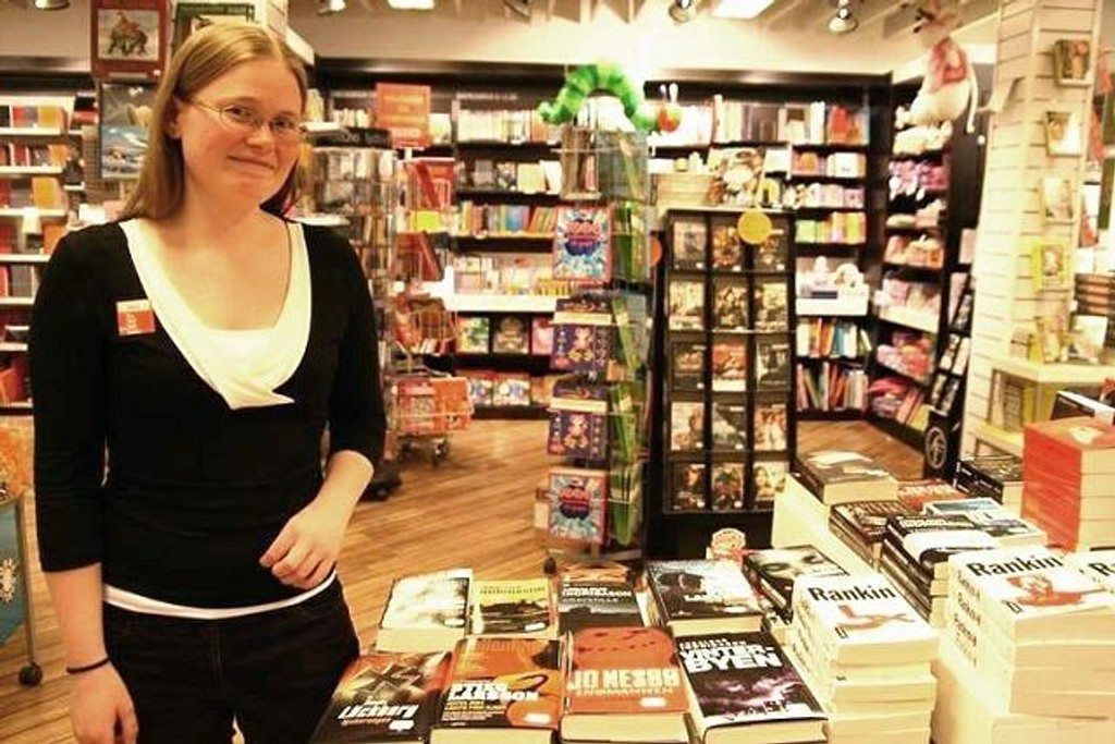 - Det kommer mye svensker i påsken, ler Nina Christine Osuldsen på Ark.