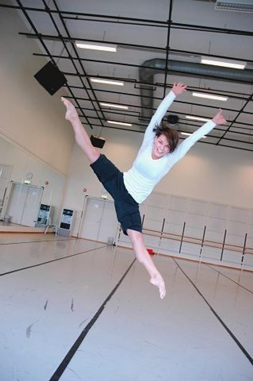 """Danselærer ved Kunsthøgskolen, Siv Gaustad går for seier i """"So you think you can dance"""". FOTO: FREDRIK ECKHOFF"""