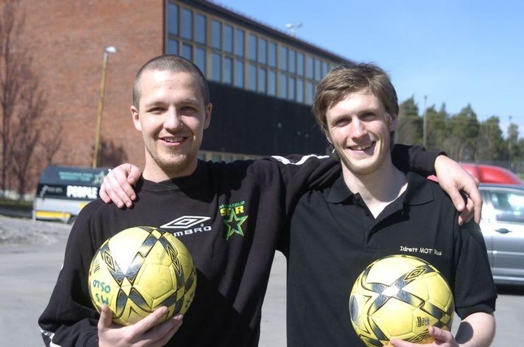 Spillesugne: Manglerud Star-spillerne Eivind Kampen (til v.) og Lars Sandbu gleder seg til å komme på banen igjen.