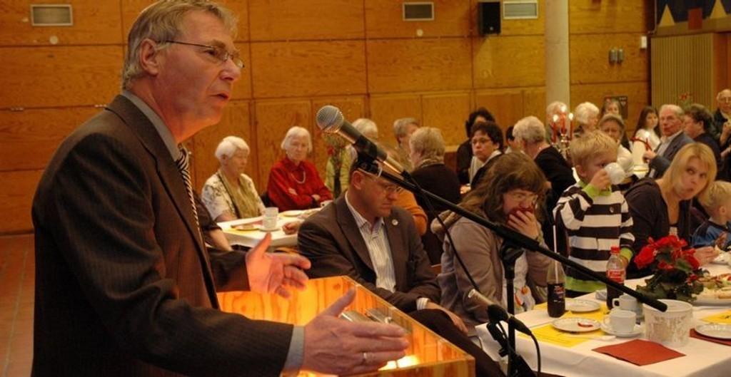 Det var godt fremmøte i Bøler Samfunnshus der Rune Gerhardsen holdt dagens tale på 1. mai.