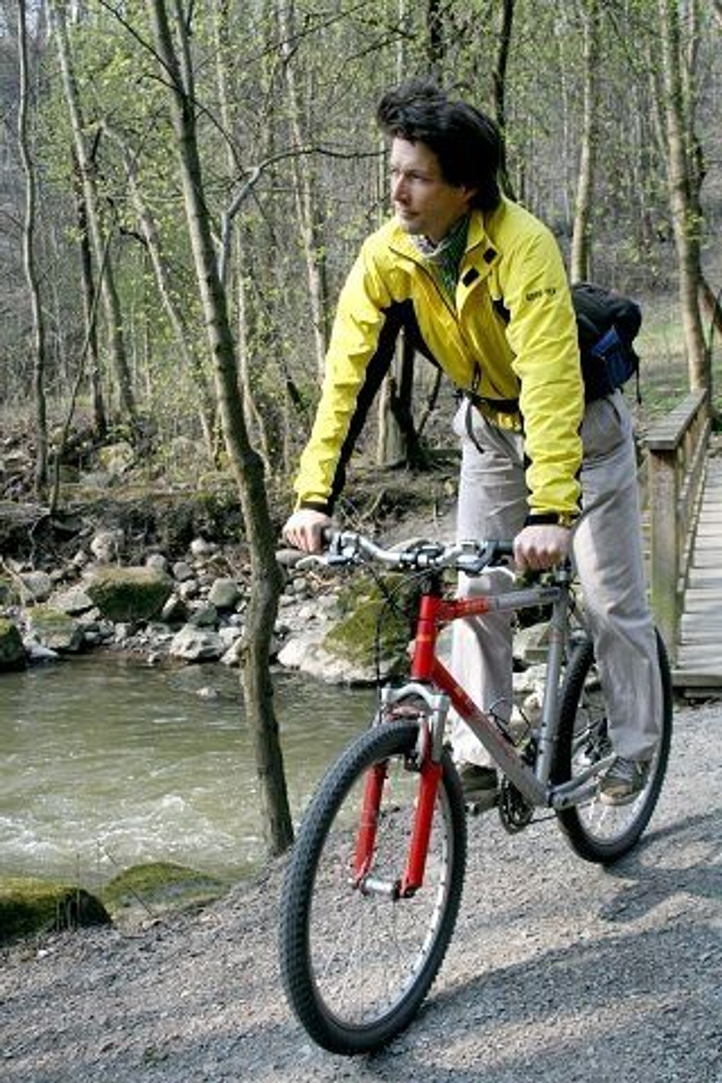 Forfatter og sykkelentusiast Øyvind Wold ferdes helst på to hjul gjennom Oslo. FOTO: HEGE BJØRNSDATTER BRAATEN