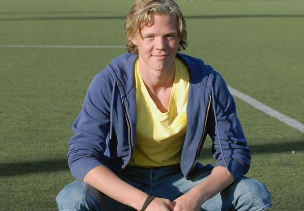 Mimrer tilbake til Norway Cup: Erling Knudtzon forteller om sine opplevelser fra verdens største fotballturnering.