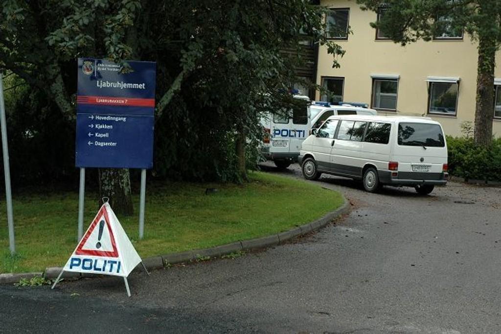 Politiet har hatt øvelse på Ljabruhjemmet, men varslet ikke naboer og sin egen operasjonssentral.
