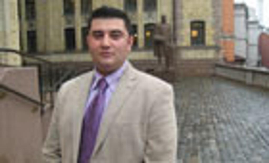 VIKTIG KAMP: - Vi står overfor vår tids viktigste og mest avgjørende verdikamp, sier iranske Mazyar Keshvari til iOslo.no.