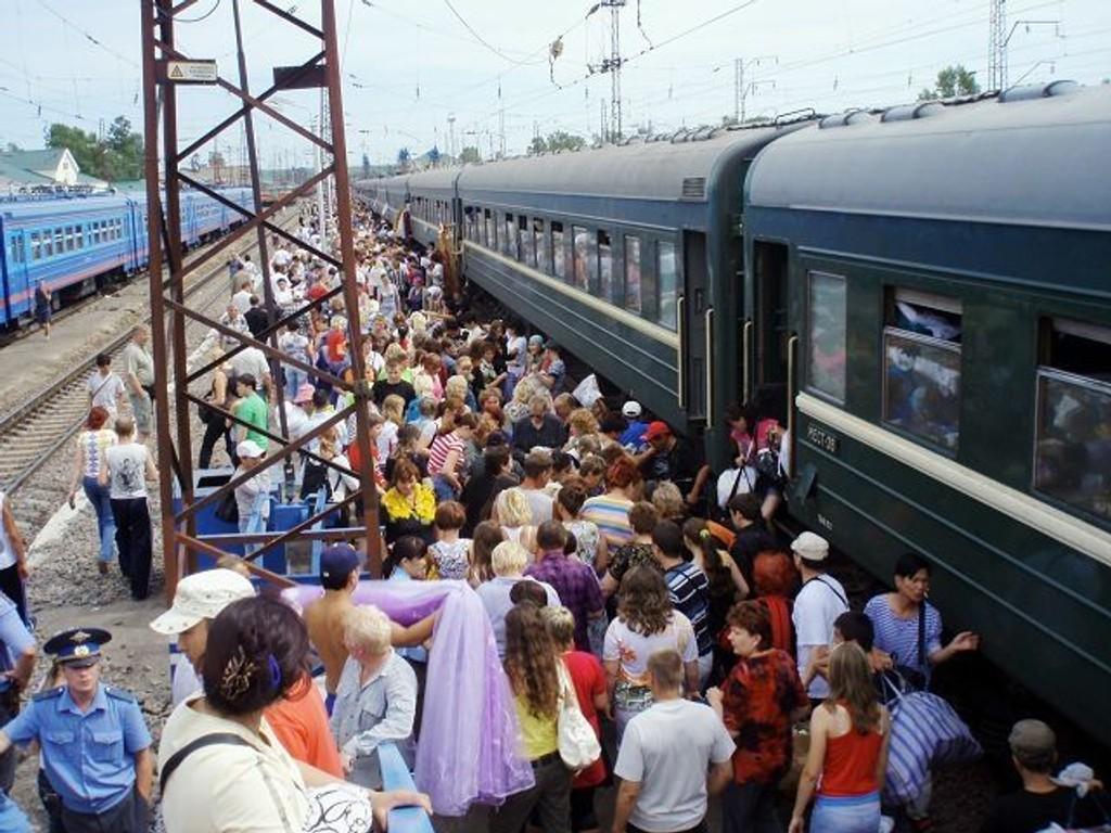 En stopp på en av Russlands togstasjoner kan fortone seg kaotisk, men også underholdende og innholdsrik. FOTO: HEGE BJØRNSDATTER BRAATEN