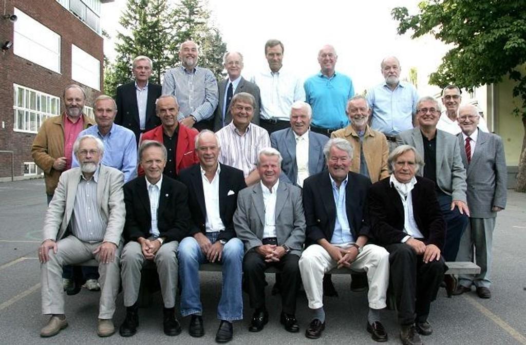 Slemdal-klassen som gikk ut i 1958, møttes igjen 50 år etter.