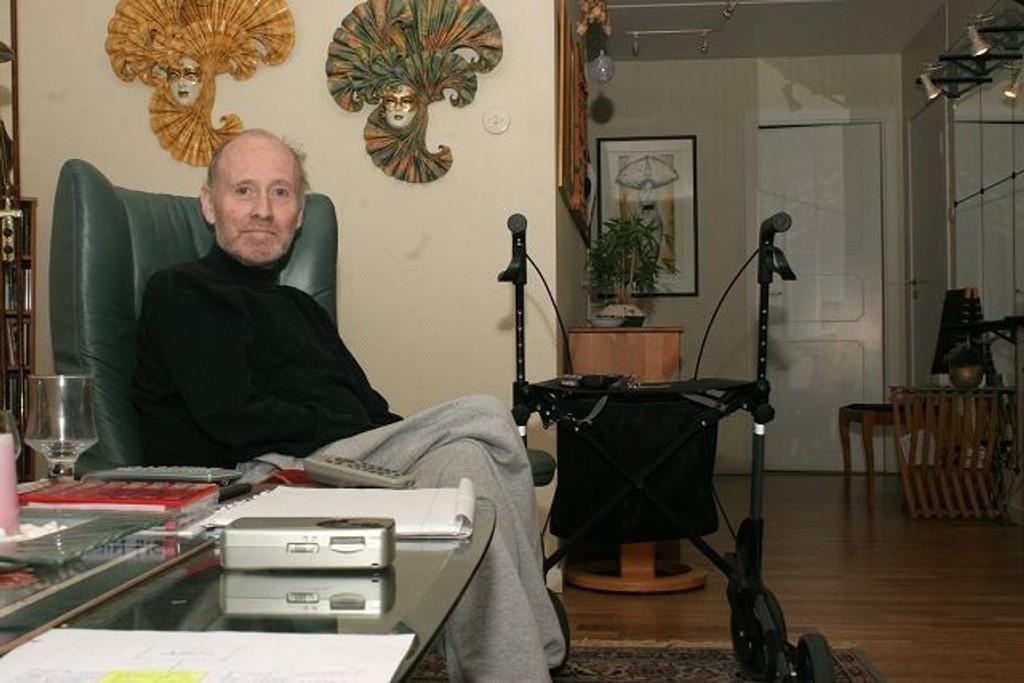 Nils Hansen skrev seg selv ut av rehabiliteringsavdelingen på Romsås. Han mistrivdes på avdelingen.