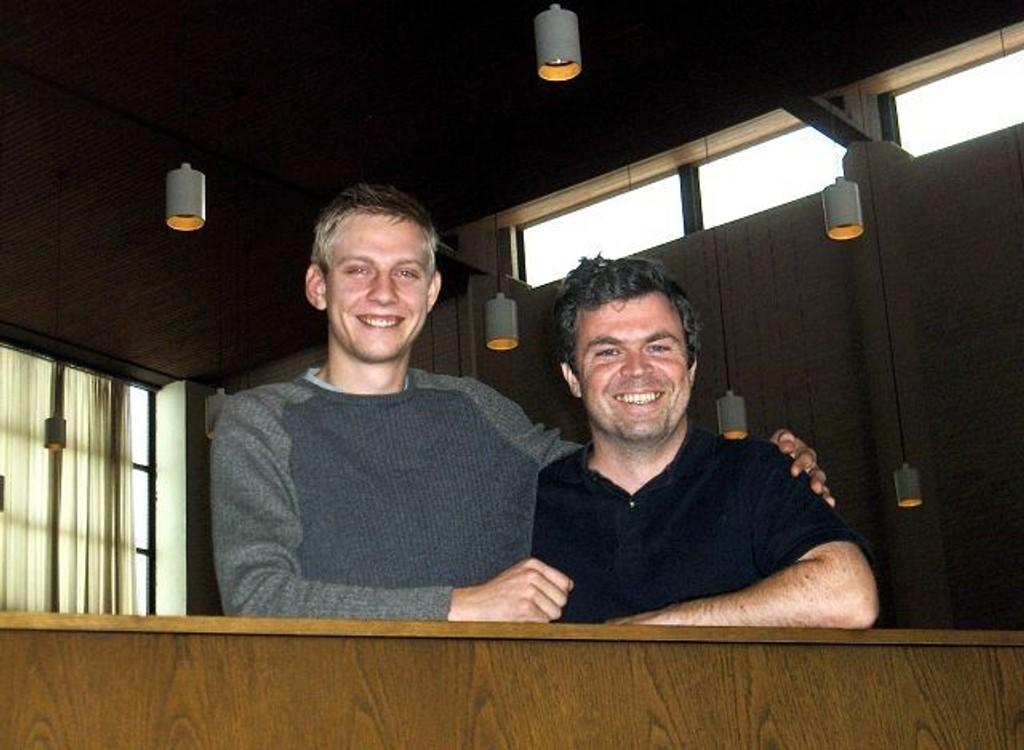 Johan Wallace (til venstre) og Roar Berg byr på høstkonsert i Lambertseter kirke lørdag.