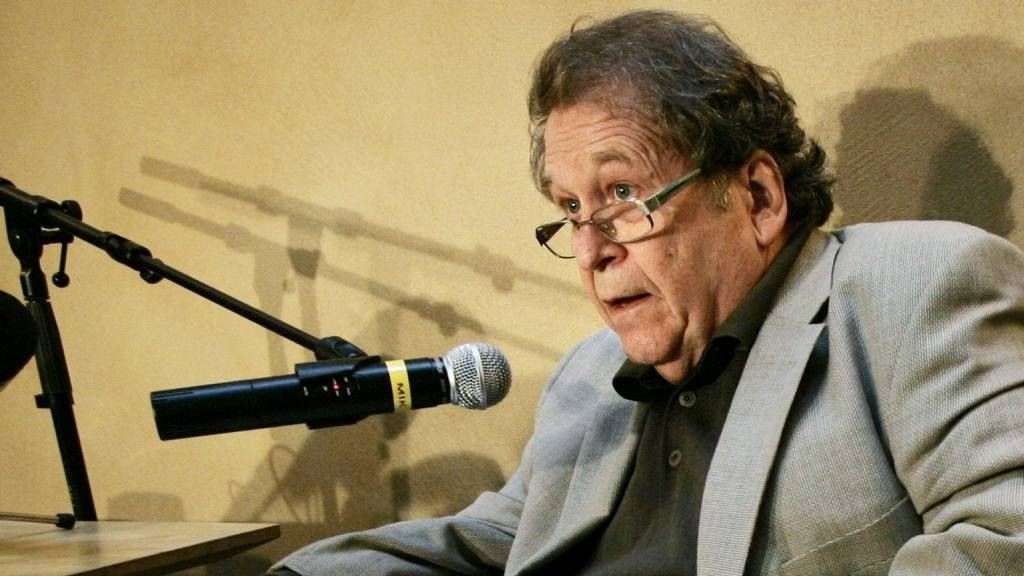 Arne Haugestad er død, 73 år gammel.