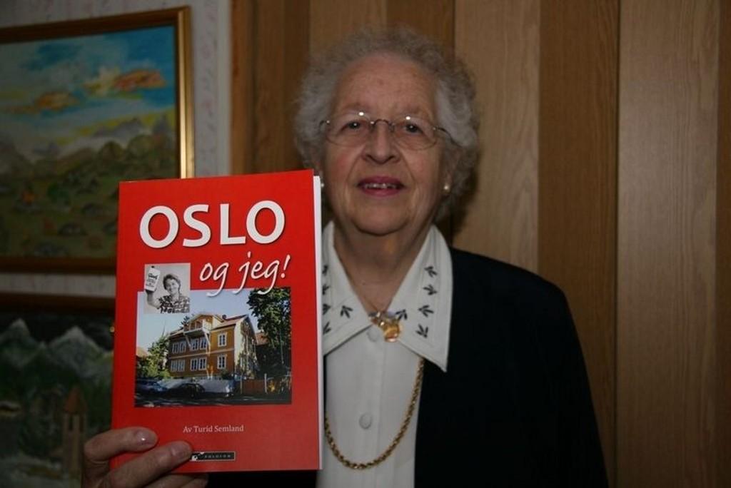 "Onsdag kan du høre Turid Semland lese fra sin nyeste bok "" Oslo og jeg""."