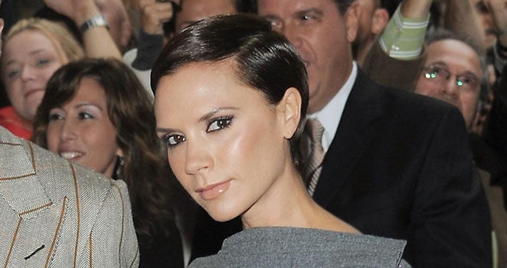 SUPERKORT: Victoria Beckham går for sleik og superkort håri høst. Ville du gått sånn?