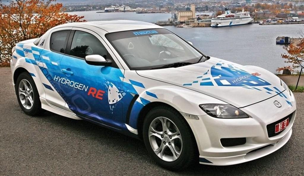 HYDRO: Mazda RX8 - klargjort for hydrogenveien.
