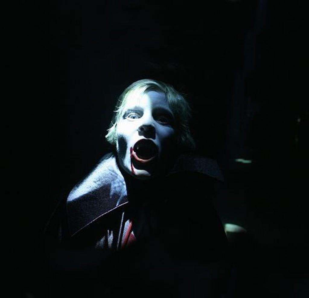 Mikkel, Drakulas stedfortreder PåBanen.