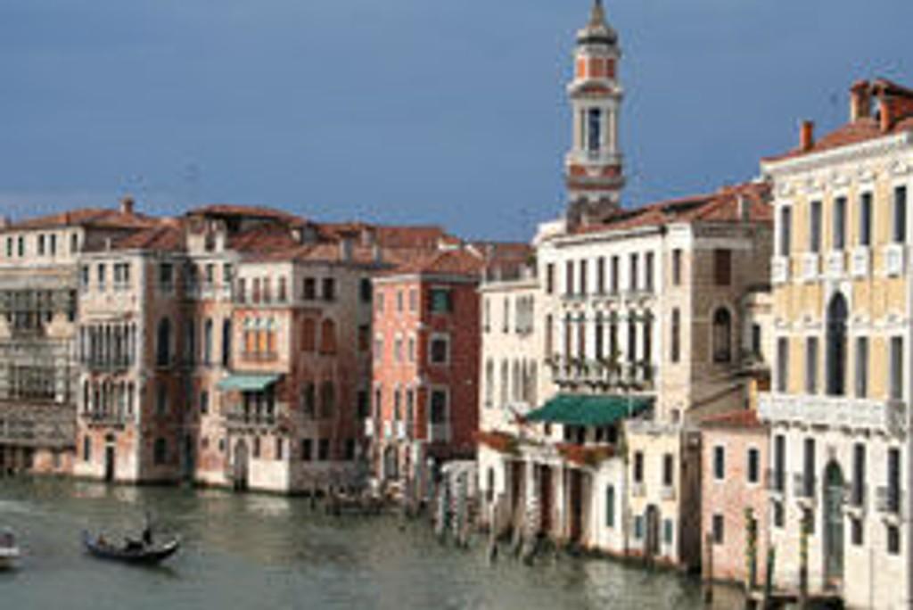 VENEZIA: Venezia er romantisk og eventyrlig, ikke minst når de fleste andre turistene har reist andre steder.