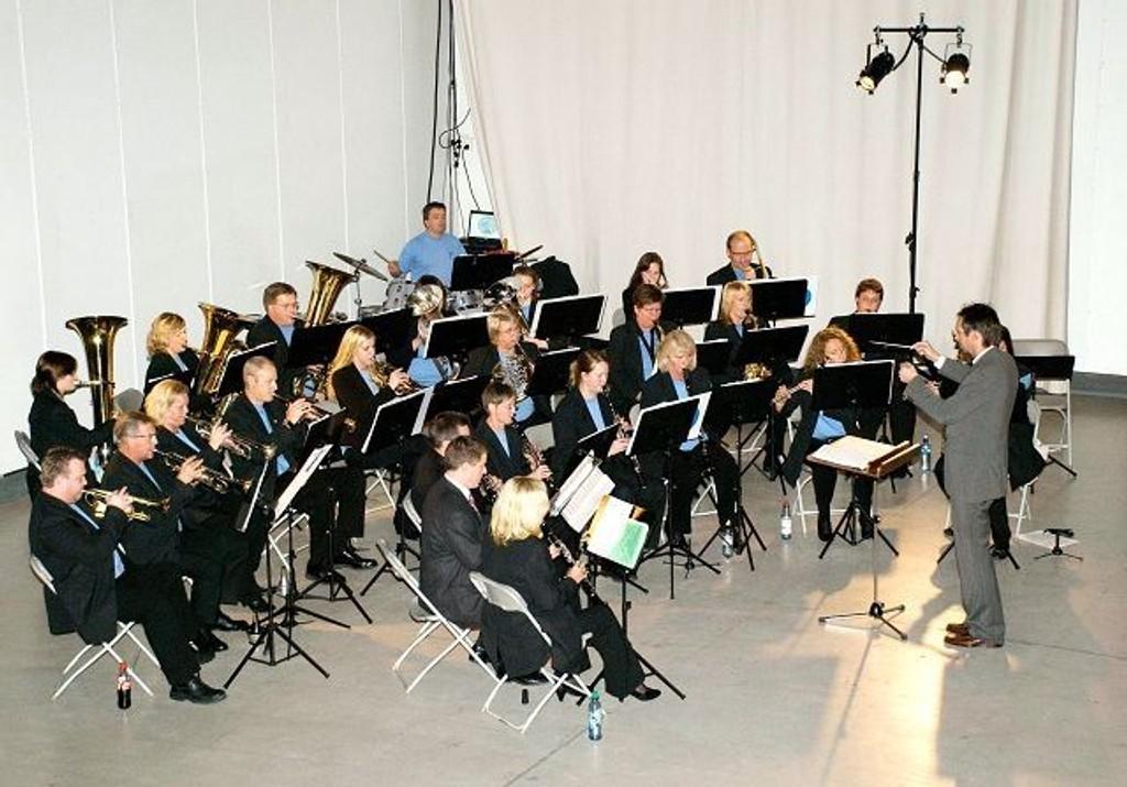 Bryn ungdomskorps feiret sine 15 år med allsidig konsert og navneskifte. Etter at de nå er blitt Alna janitsjar, håper de å bli et janitsjarkorps for hele bydelen. Nye medlemmer ønskes velkommen. Foto: Privat