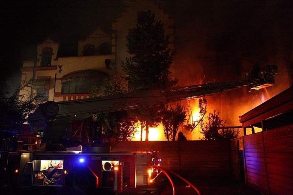 Brannen i Jeppehuset på Vinderen ble beskrevet som et flammehelvete.