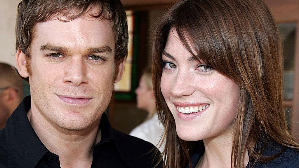 GIFT: Michael C. Hall og Jennifer Carpenter spiller søsken i «Dexter». I virkeligheten har de vært gift.