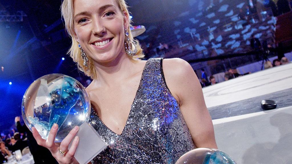 STILTE I SØLV: Håndballkeeper Katrine Lunde Haraldsen vant to priser under årets Idrettsgalla.