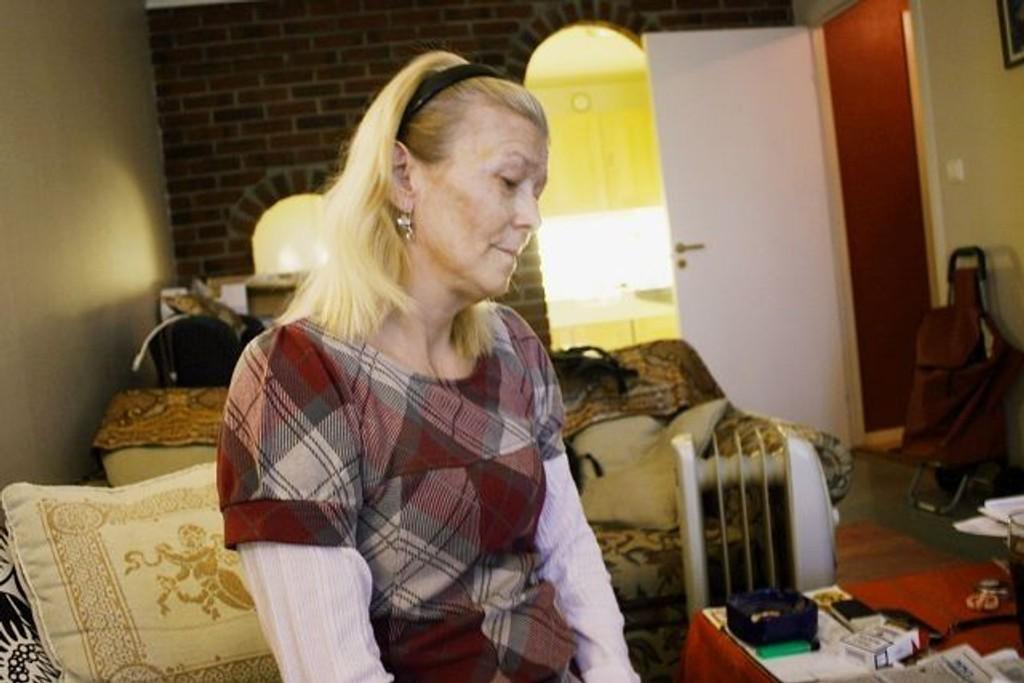 Liss Torild Nikolaysen etterlyser hjelp til sin kommunale bolig.