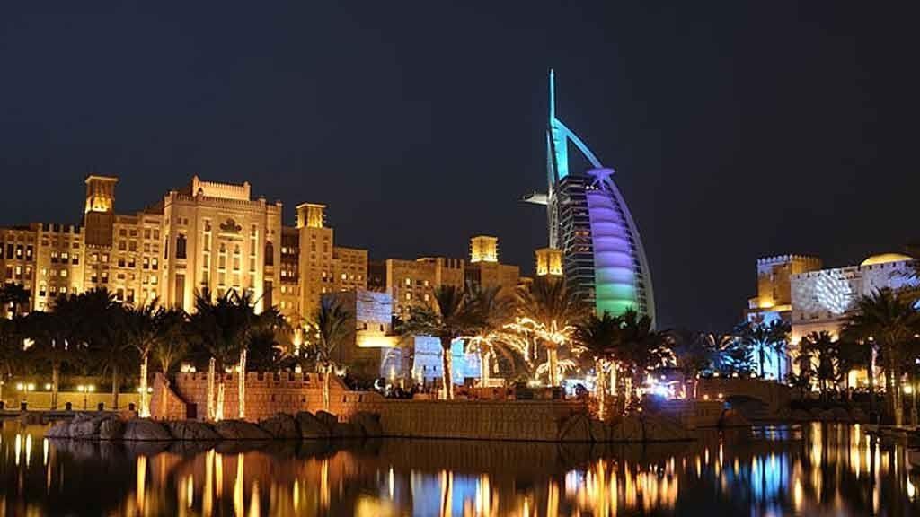 BERØMT HOTELL: Burj Al Arab blir sett på som et landemerke for Dubai, men stedet har mye annet å by på også.