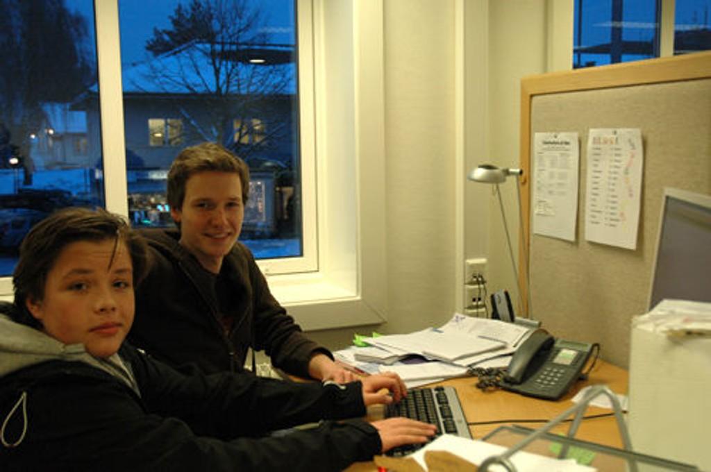 Christian Valeur og Thomas hargreaves fra Ullern-revyen.