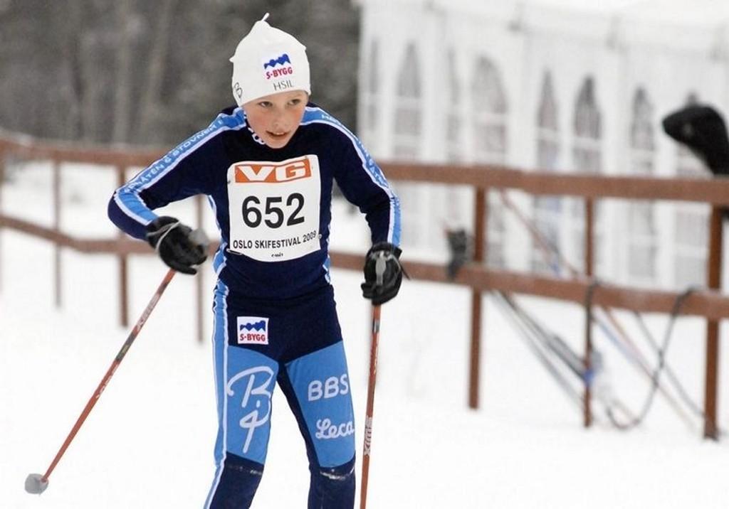 HSILs Mads Næss i fin flyt inn mot mål under Oslo Skifestival. Lørdag var over tusen deltakere i aksjon på Lygna.