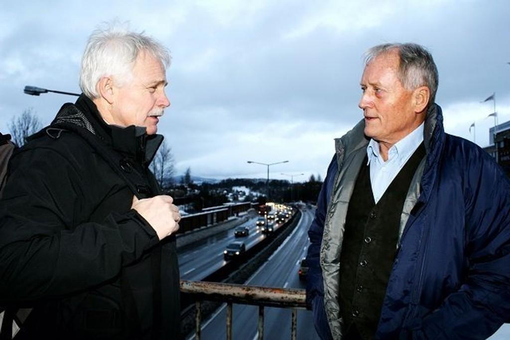 Dag Bjerke og Steinar Lunde i Bryn Miljøforum synes det er synd å bruke så mye penger på å lage kollektivfelt på Ring 3/E6 når en manglerudtunnel vil gjøre arbeidet unødvendig.