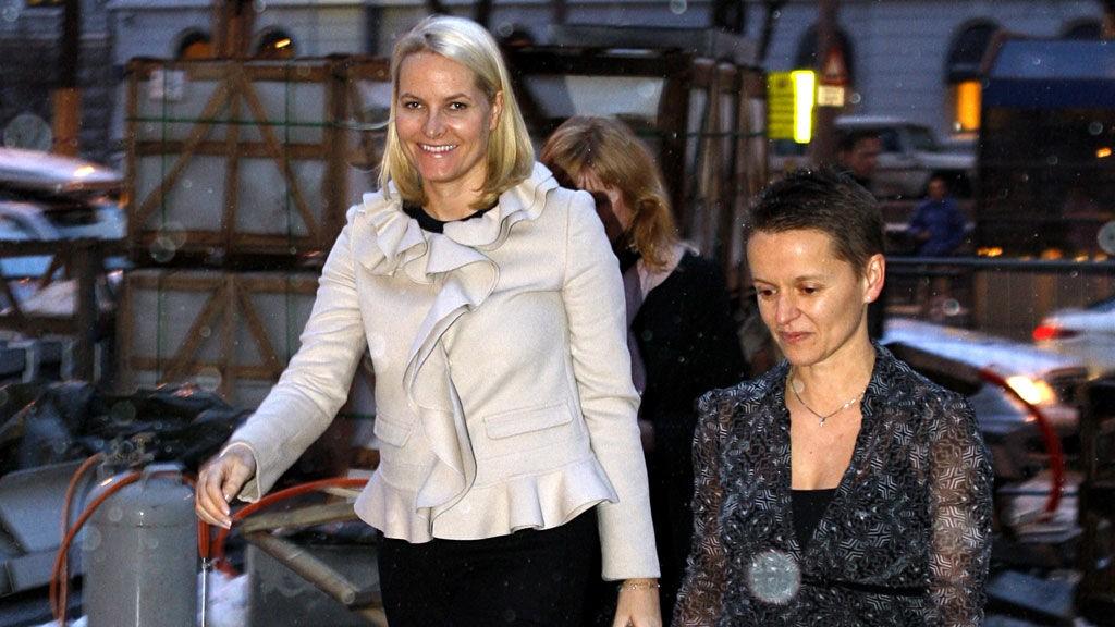 LEDIG: Kronprinsesse Mette-Marit får ros for sin ledige stil.