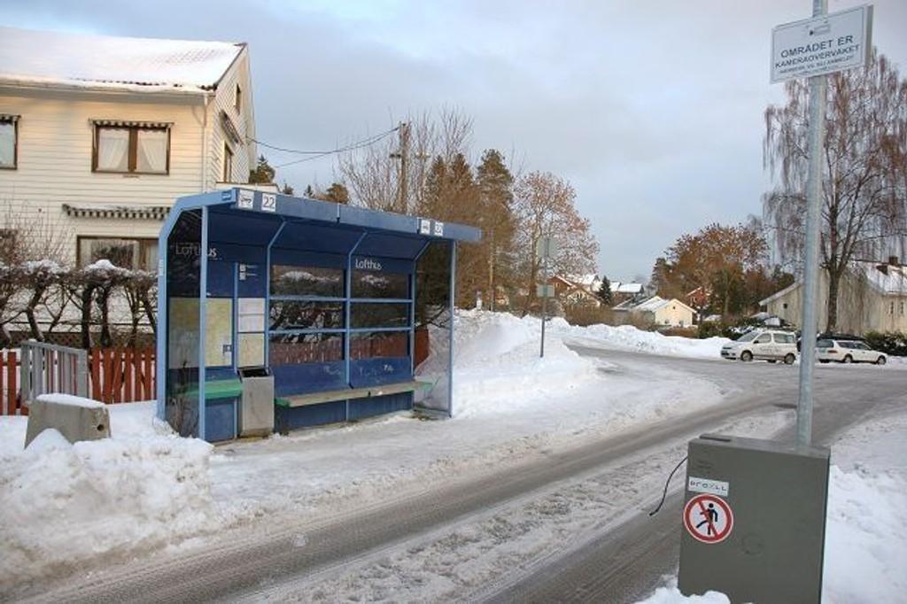 30.000 kroner vil det koste å reparere bommen på Mons Søviks plass etter siste hærverksrunde. Foto: Karl Andreas Kjelstrup