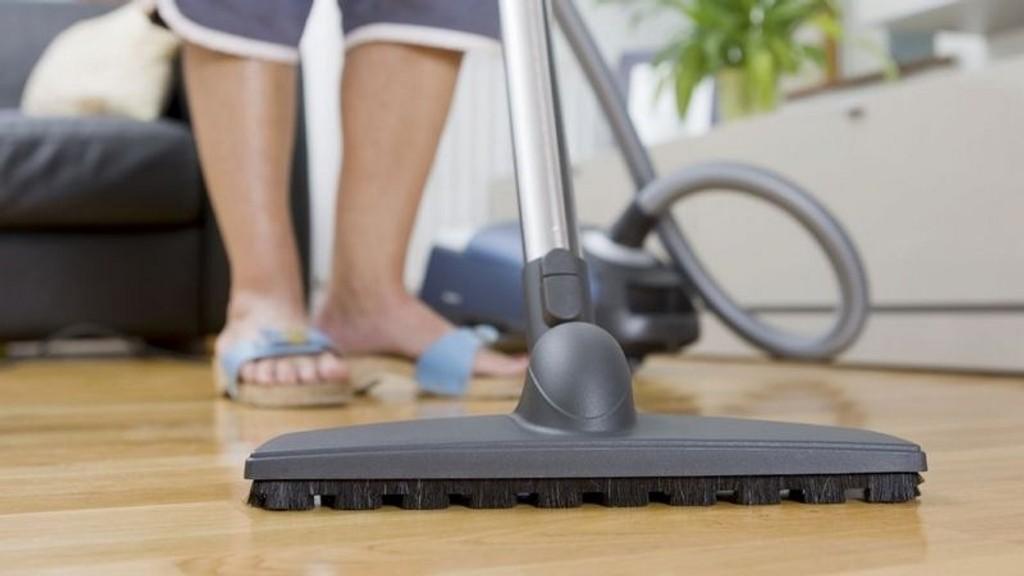 WORK IT: Du ser kanskje ikke på husvask, aketurer eller luking i hagen som trening. Men det er det faktisk!