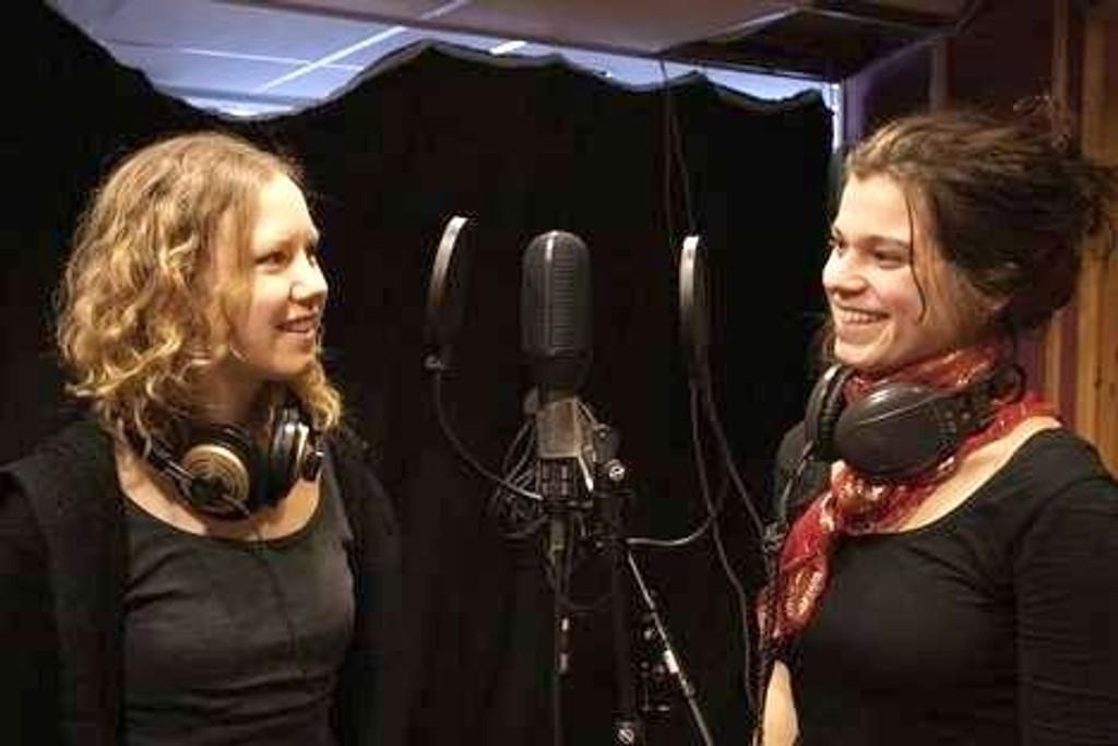 Hilde Øvreness og Sissel Ringstad reiser ned til Sarajevo sammen med ti andre for å produsere reportasjer til Radio Nova-programmet «Skumma Kultur». Foto: Linn Kongsli Lundervold