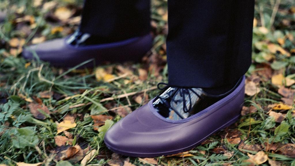 VÅR I LUFTEN: Snart skal støvlene av og skoene på. Med denne skoguiden går du en velskodd vår i møte.