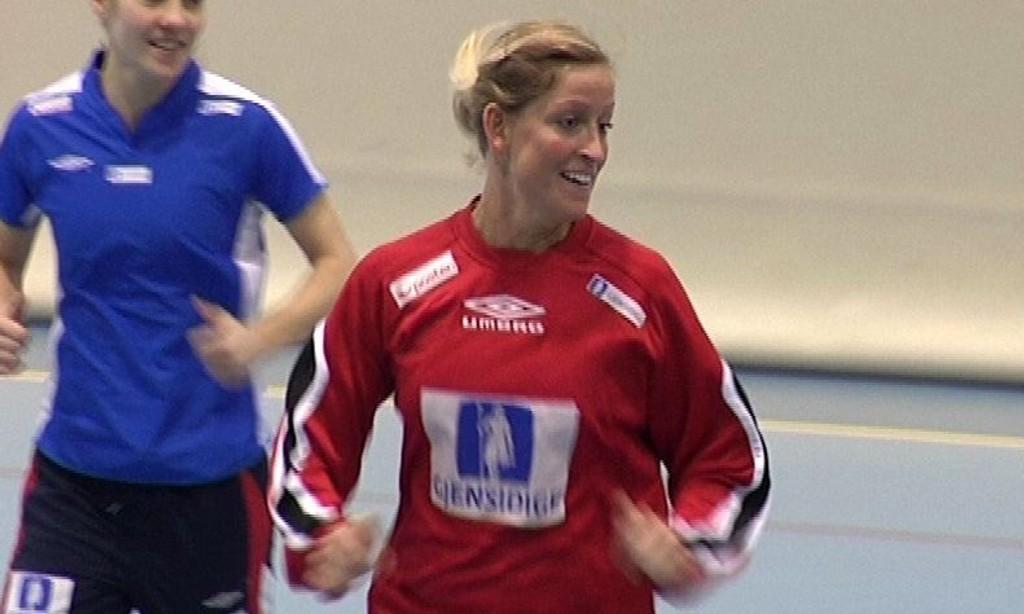 STRATEG: Byåsen-strateg Gøril Snorroeggen har slitt med en såkalt «kastarm» i fire-fem år. Nå vil hun tilbake på landslaget.