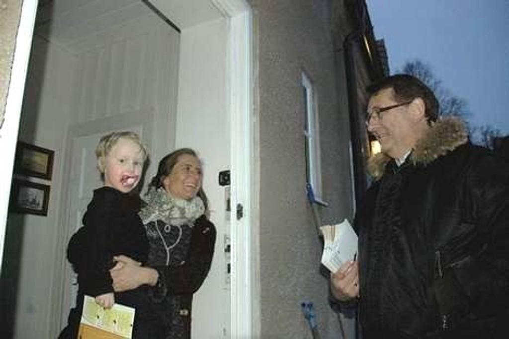 Iren Utgaard Åsen satte pris på besøket av rikspolitikeren Per-Kristian Foss, men mente partiet har feil partileder. Foto: Anders Jørstad