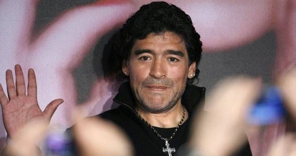 I CANNES: Side2 møtte fotballegenden Diego Maradona under filmfestivalen i Cannes.