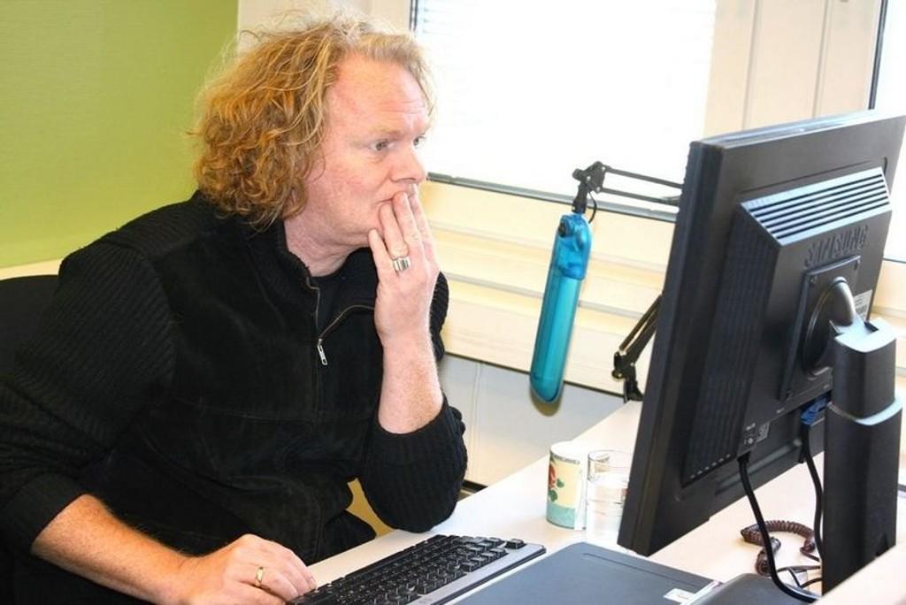 Forfatteren Torgrim Eggen besøker Nordvet bibliotek onsdag kveld.